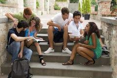Grupo de estudantes fotografia de stock