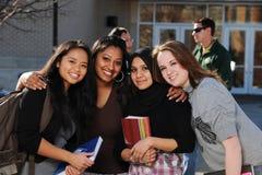 Grupo de estudantes diversos imagem de stock