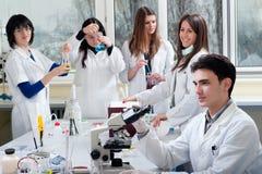 Grupo de estudiantes de medicina Imagen de archivo libre de regalías