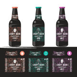 Grupo de etiqueta dos moldes para a cerveja do ofício Fotografia de Stock