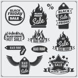 Grupo de etiquetas da venda de Black Friday, de bandeiras, de crachás, de etiquetas e de elementos do projeto Foto de Stock