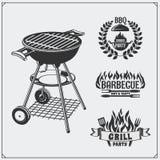 Grupo de etiquetas do BBQ e da grade Emblemas e crachás do assado Imagens de Stock Royalty Free