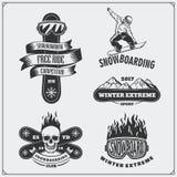 Grupo de etiquetas do extremo da snowboarding, de emblemas, de crachás e de elementos do projeto Símbolos da aventura da montanha Fotografia de Stock Royalty Free