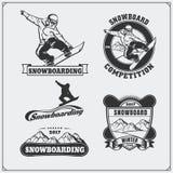 Grupo de etiquetas do extremo da snowboarding, de emblemas, de crachás e de elementos do projeto Símbolos da aventura da montanha Imagens de Stock Royalty Free