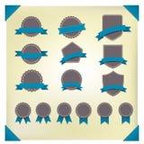 Grupo de etiquetas retros do vintage. ilustração do vetor