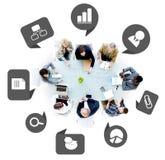 Grupo de executivos com símbolos do negócio Fotos de Stock