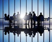 Grupo de executivos do encontro imagem de stock royalty free