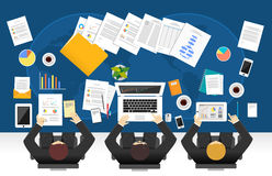 Grupo de executivos do trabalho Trabalhos de equipa dos executivos do conceito Imagens de Stock Royalty Free