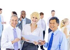 Grupo de executivos que encontram conceitos fotos de stock
