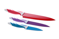 Grupo de facas cerâmicas isoladas no branco Foto de Stock Royalty Free