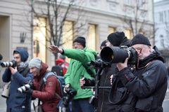 Grupo de fotógrafos imagen de archivo