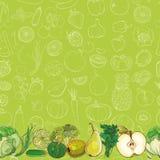 Grupo de frutas e legumes verdes na luz - fundo verde Fotografia de Stock