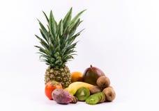 Grupo de frutas exóticas en un fondo blanco Fotografía de archivo libre de regalías