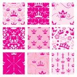 Grupo de fundos cor-de-rosa com coroas da princesa Contexto sem emenda Imagem de Stock