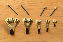 Grupo de ganchos e de pregos de suspensão da imagem Imagens de Stock Royalty Free