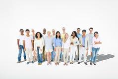 Grupo de gente alegre étnica multi diversa Imagen de archivo