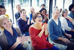 Grupo de gente diversa en seminario Imagenes de archivo