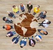 Grupo de gente diversa multiétnica del mundo foto de archivo libre de regalías