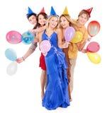 Grupo de gente joven en sombrero del partido. Imagenes de archivo