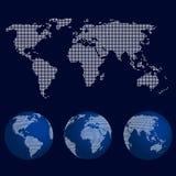 Grupo de globos do mundo no teste padrão de ponto com o mapa do mundo Imagens de Stock