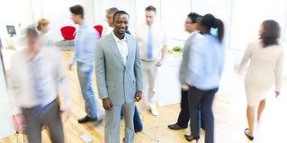 Grupo de hombres de negocios en la oficina Imagen de archivo