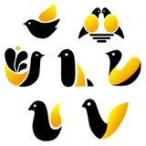 Grupo de imagens dos pássaros, símbolos simples Foto de Stock Royalty Free