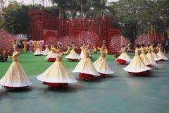 Grupo de la danza en trajes hermosos Fotografía de archivo libre de regalías