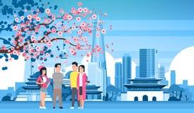 Grupo de la gente joven sobre fondo de la ciudad de Seul con el viaje turístico de los rascacielos y de las señales de la silueta stock de ilustración