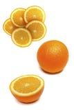 Grupo de laranjas maduras suculentas no fundo branco Fotografia de Stock