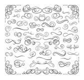 Grupo de linhas caligráficas de Swirly, grupo do vetor de elementos do projeto, linhas decorativas luxuosas do divisor ilustração stock