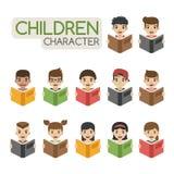 Grupo de livros de leitura das crianças dos desenhos animados Imagem de Stock Royalty Free