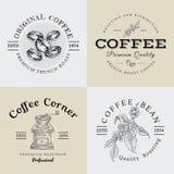 Grupo de logotipo e de ilustração do café do vintage do vetor que tiram Engra Fotos de Stock