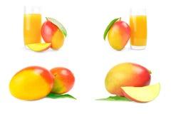 Grupo de mango rojo en un recorte blanco del fondo imagen de archivo libre de regalías