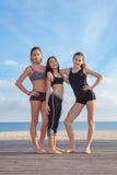 Grupo de muchachas sanas de las adolescencias Foto de archivo libre de regalías