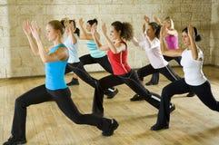 Grupo de mulher no clube de aptidão Imagem de Stock