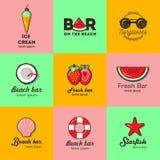 Grupo de nove logotipos para a barra da praia do verão Fotos de Stock Royalty Free