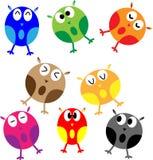 Grupo de oito corujas dos desenhos animados Fotografia de Stock Royalty Free