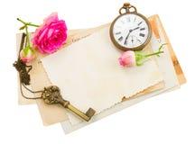 Grupo de papéis velhos com rosas Imagem de Stock Royalty Free