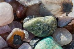 Grupo de pedras preciosas minerais naturais Foto de Stock Royalty Free