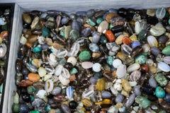 Grupo de pedras preciosas minerais naturais Fotografia de Stock Royalty Free