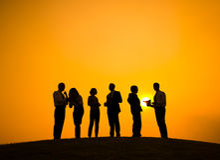 Grupo de personas en la reunión al aire libre del negocio Foto de archivo libre de regalías