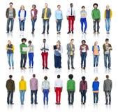 Grupo de personas multiétnico aislado en blanco Imágenes de archivo libres de regalías