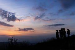 Grupo de pessoas da silhueta Fotografia de Stock