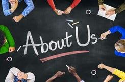 Grupo de pessoas e Sobre-nós Multi-étnicos conceito Foto de Stock Royalty Free