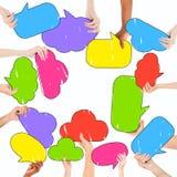 Grupo de pessoas multi-étnico e bolhas coloridas do discurso Fotografia de Stock