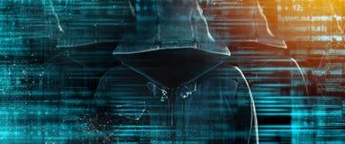 Grupo de piratas informáticos de ordenador encapuchados con las caras obscurecidas fotografía de archivo