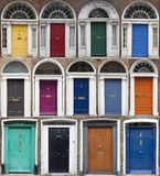 Grupo de portas coloridas em Dublin das épocas Georgian do século XVIII Fotos de Stock Royalty Free