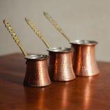 Grupo de potenciômetro do café três turco Fotos de Stock Royalty Free
