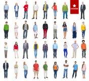 Grupo de povos coloridos diversos multi-étnicos fotos de stock