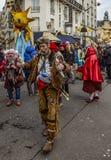 Grupo de povos Disguised - Carnaval de Paris 2018 fotografia de stock